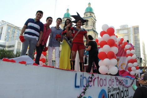 Orgullo LGBT Gay Ecuador Guayaquil 2015 - Asociación Silueta X (117)
