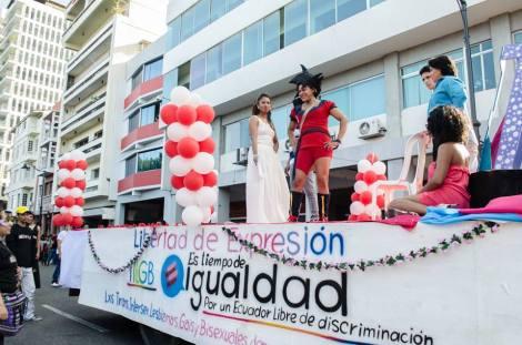 Orgullo LGBT Gay Ecuador Guayaquil 2015 - Asociación Silueta X (61)