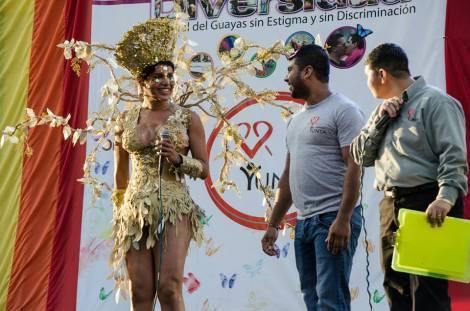 Orgullo LGBT Gay Ecuador Guayaquil 2015 - Asociación Silueta X con Diane Rodríguez DianeRodriguezz  (1)