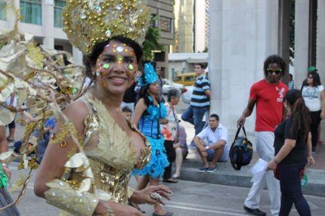Orgullo LGBT Gay Ecuador Guayaquil 2015 - Asociación Silueta X con Diane Rodríguez DianeRodriguezz  (62)