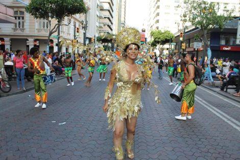 Orgullo LGBT Gay Ecuador Guayaquil 2015 - Asociación Silueta X con Diane Rodríguez DianeRodriguezz  (8)