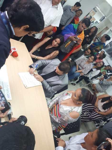 fotos del 2do matrimonio homosexual en Ecuador de Gina y Veronica en Santo Domingo de los Tsashilas 12.jpg